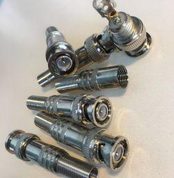 BNC connector for CCTV cameras