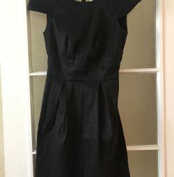 Rochie cu spate deschis