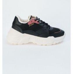 Ανδρικά παπούτσια STROBBS