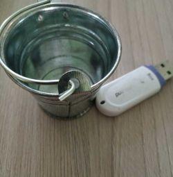 Souvenir bucket