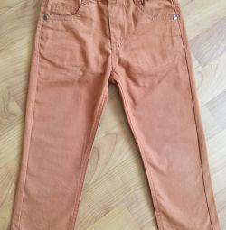 Pantaloni pentru băiat 98 r.