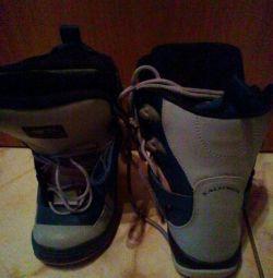 Παιδικές μπότες για snowboard