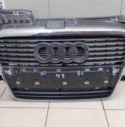 Audi A4 B7 radiator grill