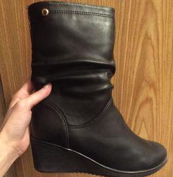 Autumn boots 37 size