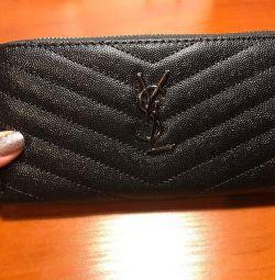 Yeni marka YSL cüzdanlar