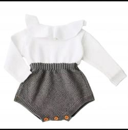 Knitted stylish rumper or bodysuits for girls 1-2 grams