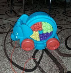 Mega Bloks, constructor de jucării