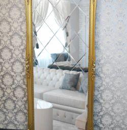 Зеркало напольное в лепной раме