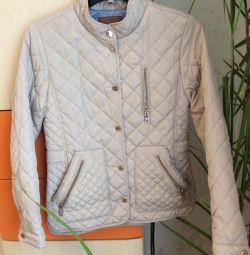 Куртка легка / вітровка утеплeнная Zara