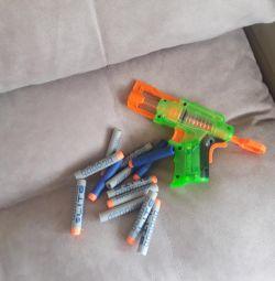 Nerf πιστόλι με σφαίρες
