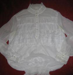 ошатна блузка