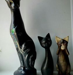 Bir heykelcik kedileri