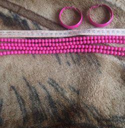 Set of beads + earrings
