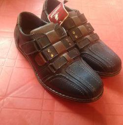 Νέα παπούτσια 37.40