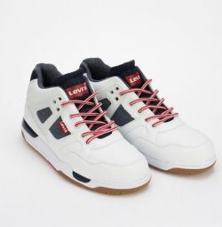 New Levi's Sneakers
