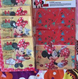 Minnie Mouse napkins / tablecloth