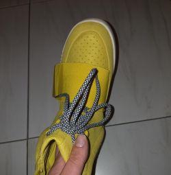 Krasovki adidas