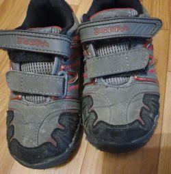 Det. Sneakers