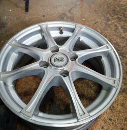 set of alloy wheels 14