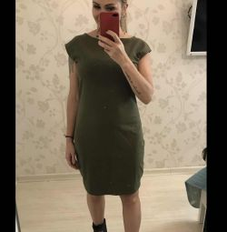 Нове трикотажне Платье хакі 46/48