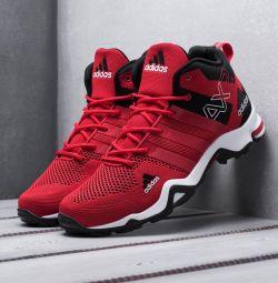 Αθλητικά παπούτσια Adidas AX2 Mid GTX