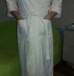 Female bathrobe long