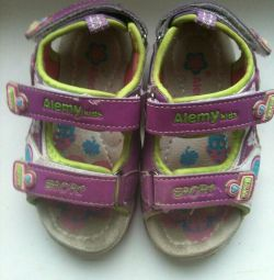 Sandalet 24