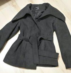 Σύντομο παλτό για παύση