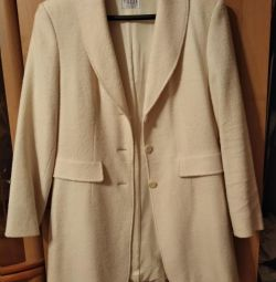 Two branded coats Tuzzi, Bergaus