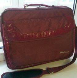Continent laptop bag