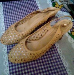 Γυναικεία σανδάλια