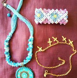 Ожерелье, браслеты