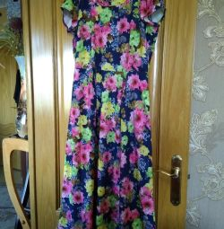 Beautiful bright dress 54-56 r