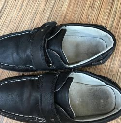 Pantofi 35 r