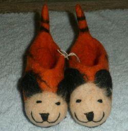 Slippers - booties