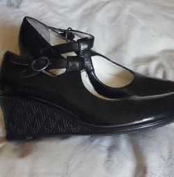 Παπούτσια δέρματος 35 μέγεθος