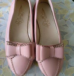 Pantofi pentru fată 34 rr