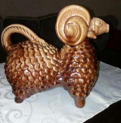 Lamb for wine, ceramic