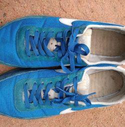 Sneakers Nike 47r.