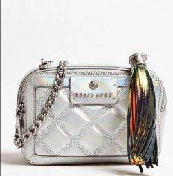 жіноча сумочка GUESS