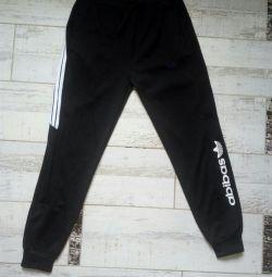 Sports pants. Size M