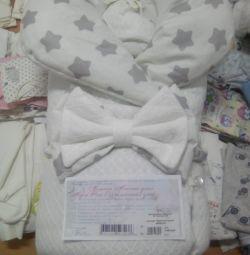 Одеяла на выписку для малышей