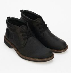 Ботинки ECCO новые