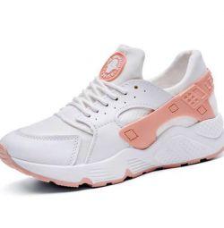 Sneakers for huarachi