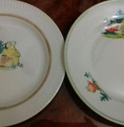 Plates 2 pcs