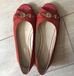 Τα παπούτσια μπαλέτου είναι καινούργια, r. 36-37