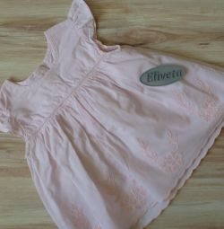 Платье в отличном состоянии 68-74
