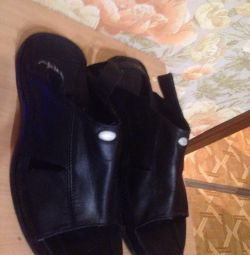 Чоловічі шкіряні босоніжки-шльопанці (Італія) .45 разм