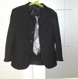 Costum la pantaloni și jacheta de băiat