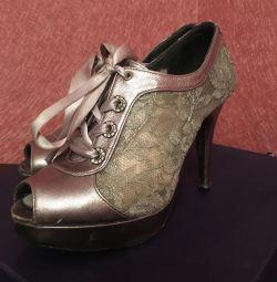Туфли Италия гипюр с кожей и камнями 36 размер